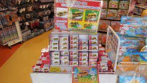軽井沢おもちゃ王国限定トミカ